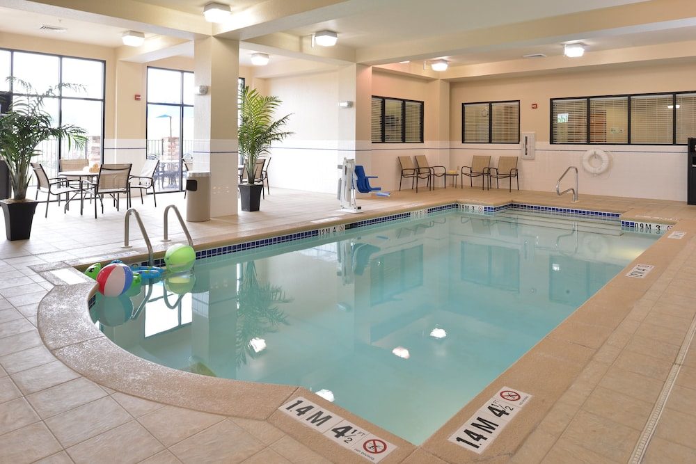 Pool, Holiday Inn Montgomery Airport South, an IHG Hotel