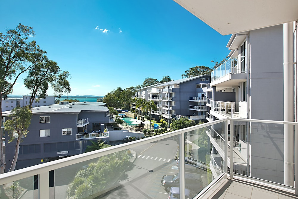 Balcony, Mantra Nelson Bay