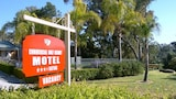 Commercial Golf Resort - North Albury Hotels