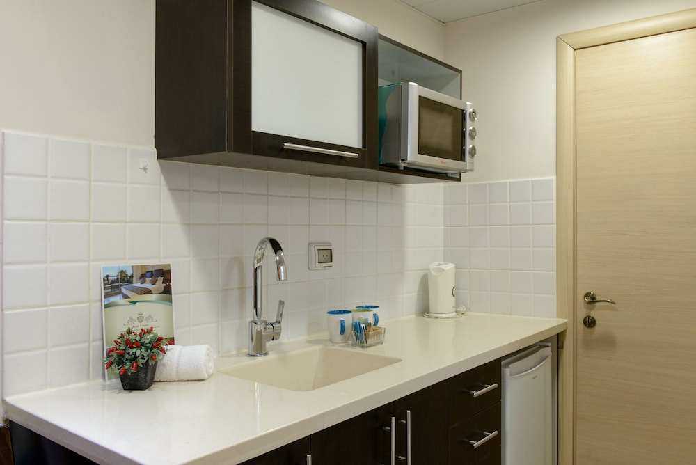Private Kitchen, Royalty Suites