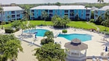 Grandview Condominiums - Seven Mile Beach Hotels