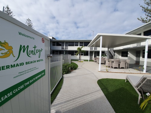 Montego Mermaid Beach Motel