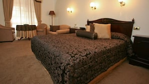 Premium bedding, Select Comfort beds, minibar, individually decorated