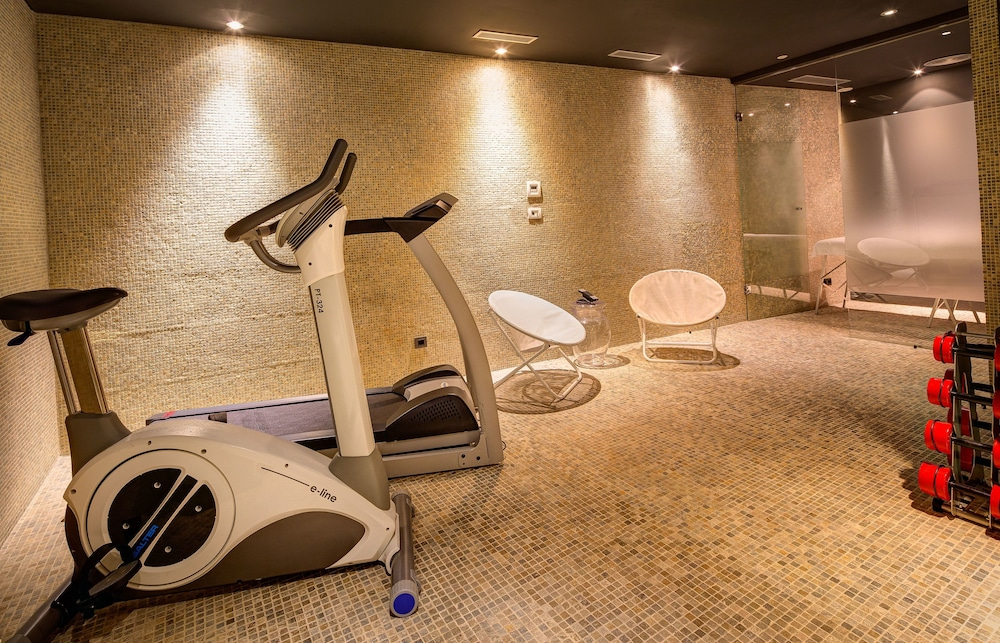 Gym, Hotel Bagues