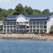 Old Sow Whirlpool Accommodation: AU$111 Hotels Near Old Sow
