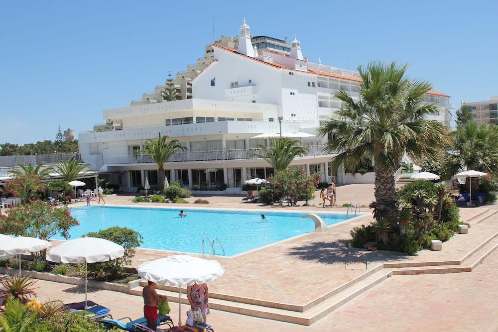 Hotel Vasco Da Gama, Sabaris, Spain - Booking.com