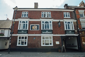 147 High Street, Berkhamsted, HP4 3HL, England.