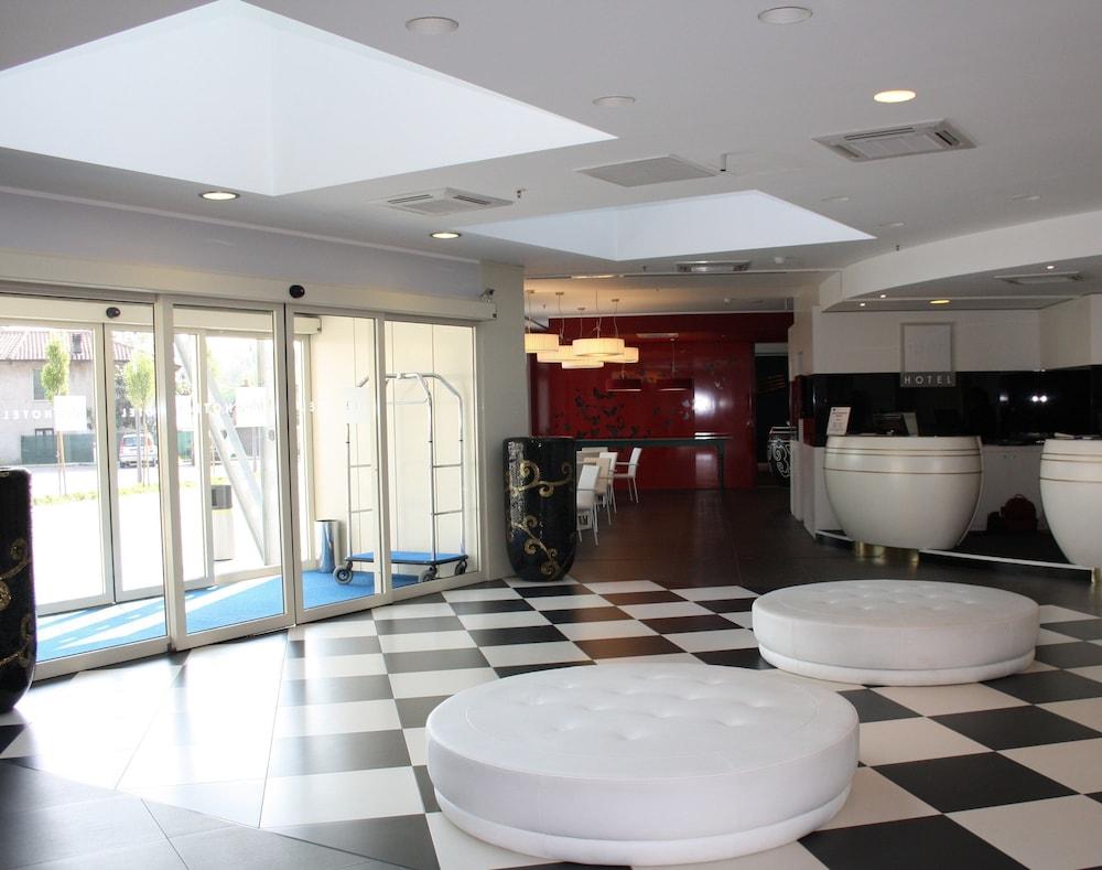 Sala Fumatori Malpensa : Idea hotel milano malpensa airport milano italia expedia