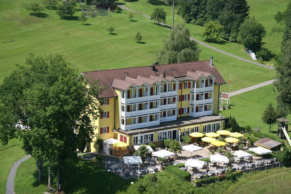 Featured Image, Hotel Himmelrich