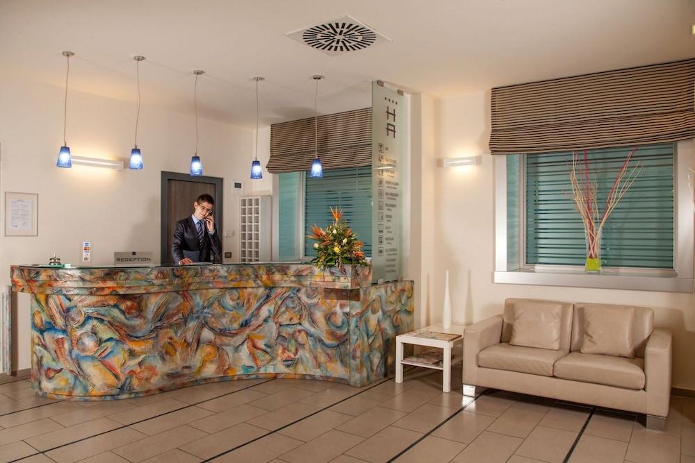 Hotel Artis Rome 2020 Hotel Prices Expedia Co Uk
