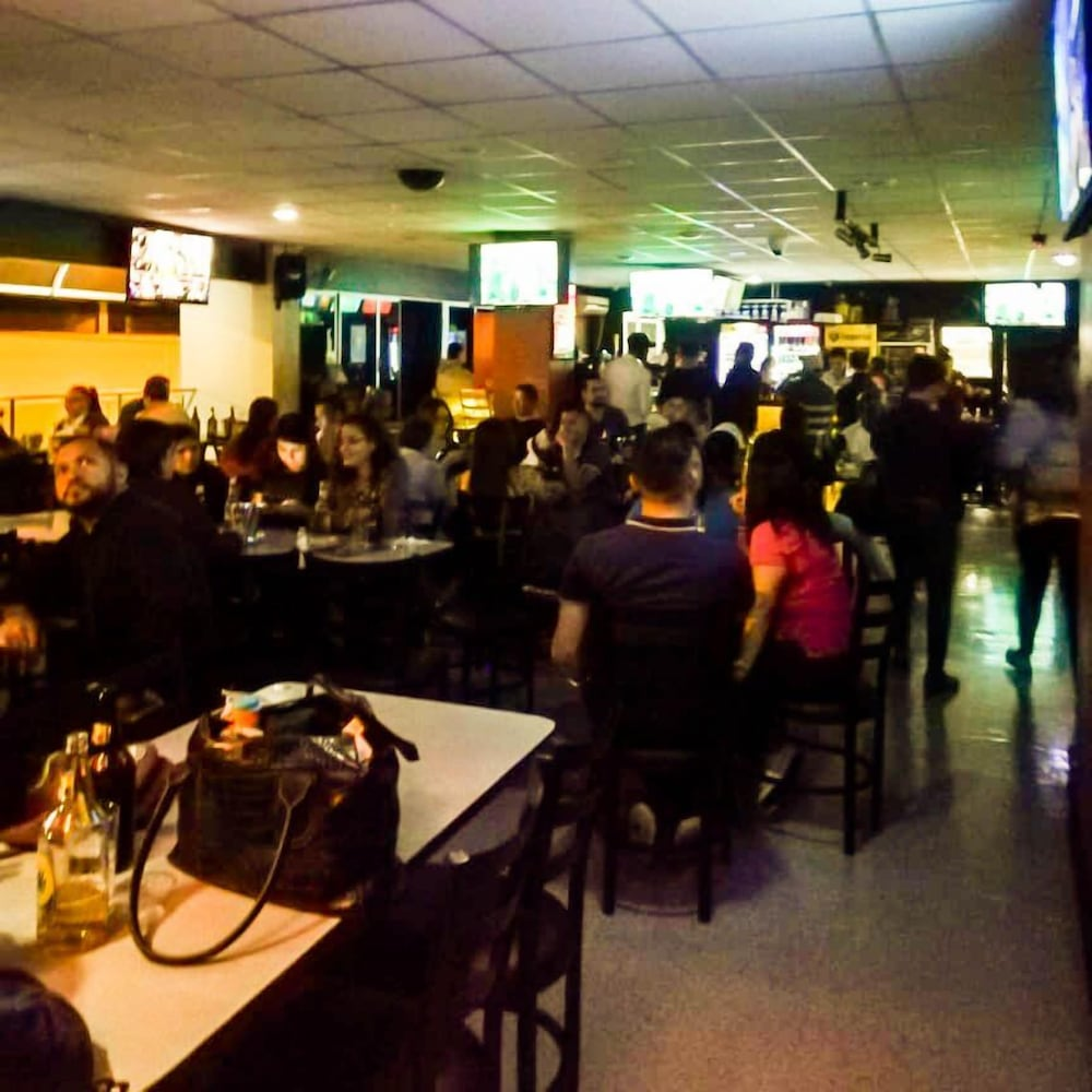 Sports Bar, Morazán Hotel & Casino