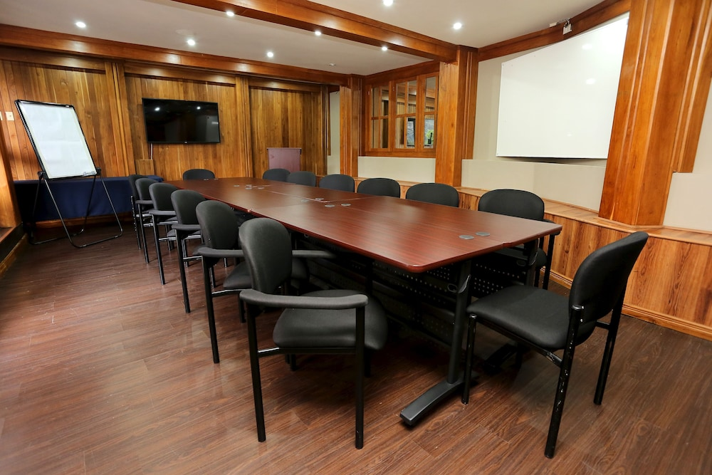 Meeting Facility, Tradewinds Hotel