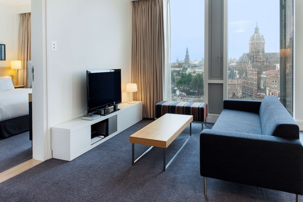 Room, DoubleTree by Hilton Hotel Amsterdam Centraal Station
