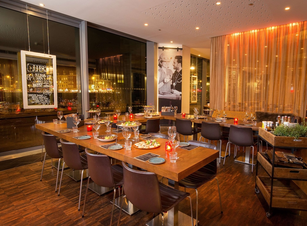 Restaurant, DoubleTree by Hilton Hotel Amsterdam Centraal Station