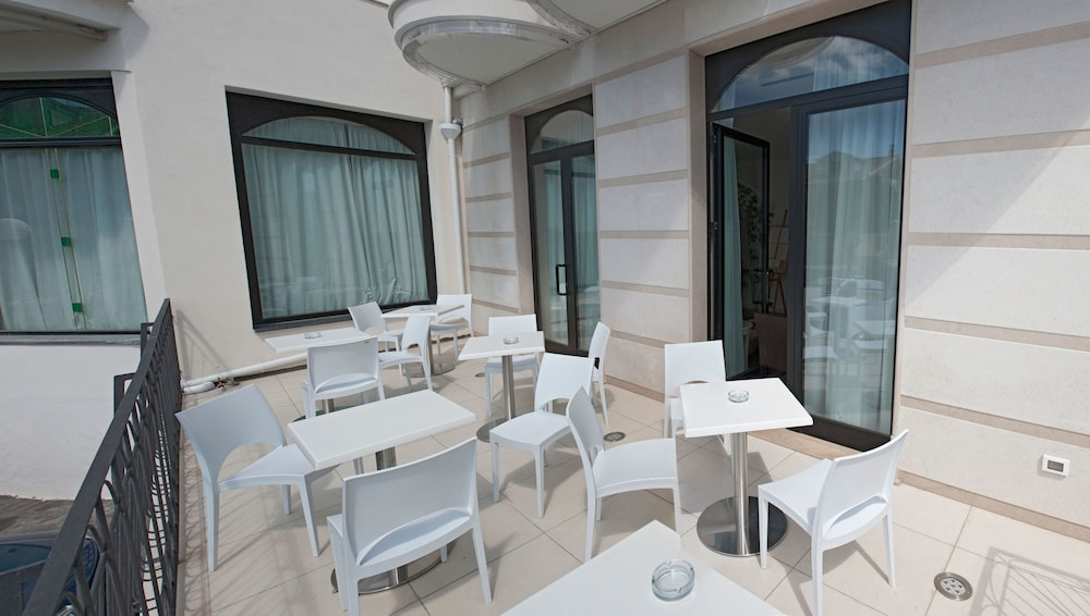Terrace/Patio, Hotel Fini