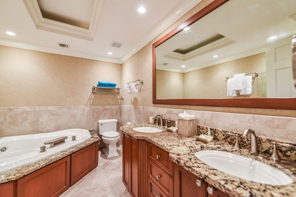 Bathroom, Coral Stone Club