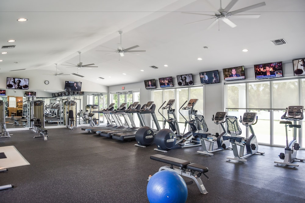 Fitness Facility, Coral Stone Club