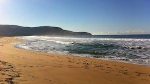 Beach nearby, free beach shuttle, sun-loungers