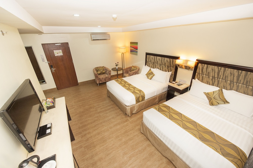Diamond Suites And Residences In Cebu Island Hotel Rates Reviews On Orbitz