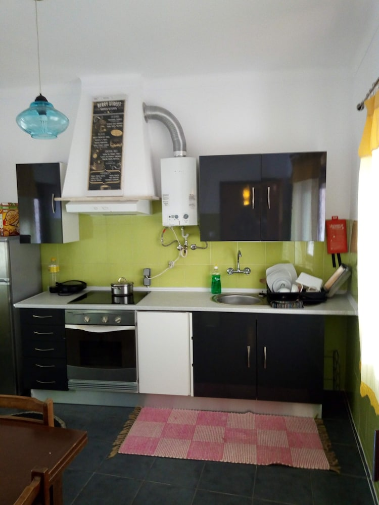 Shared Kitchen, Adega Hostel