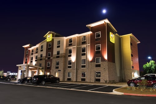 My Place Hotel-Overland Park