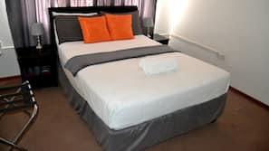 Coffres-forts dans les chambres, fer et planche à repasser sur demande