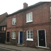 Bright & Fresh, 3 Storey Market Town House, Newent