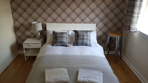 4 Schlafzimmer, Bügeleisen/Bügelbrett, Internetzugang, Bettwäsche