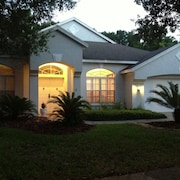Tampa Palms Pool Home Golf/beaches/disney