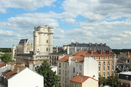 Lovely Studio With Viewed Terrasse on Vincennes