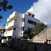 New Apartment, a Fully Furnished, Air-conditioned Room in Pondicherry