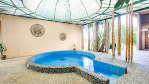 2 indoor pools, 2 outdoor pools, open 7:00 AM to 10:00 PM, sun loungers
