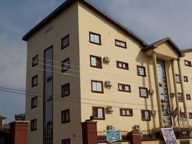 Twin Towers Hotel Nnewi