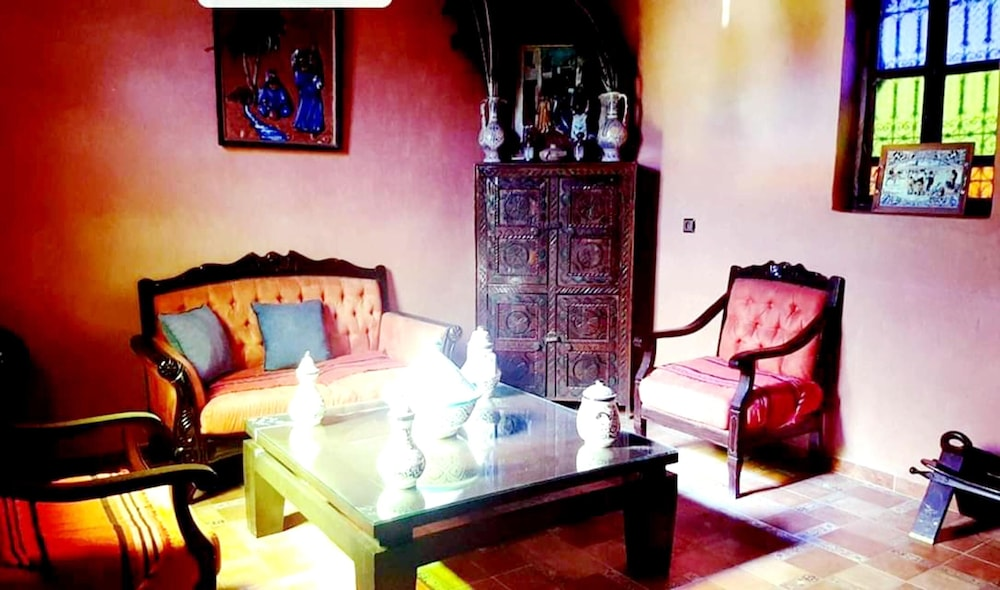 Living Room, Villa With 3 Bedrooms in Aghmat, With Wonderful Mountain View, Private Pool, Enclosed Garden