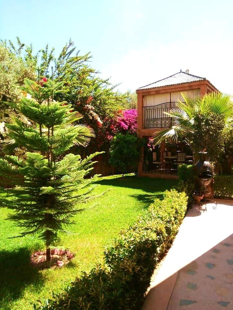 Garden, Villa With 3 Bedrooms in Aghmat, With Wonderful Mountain View, Private Pool, Enclosed Garden