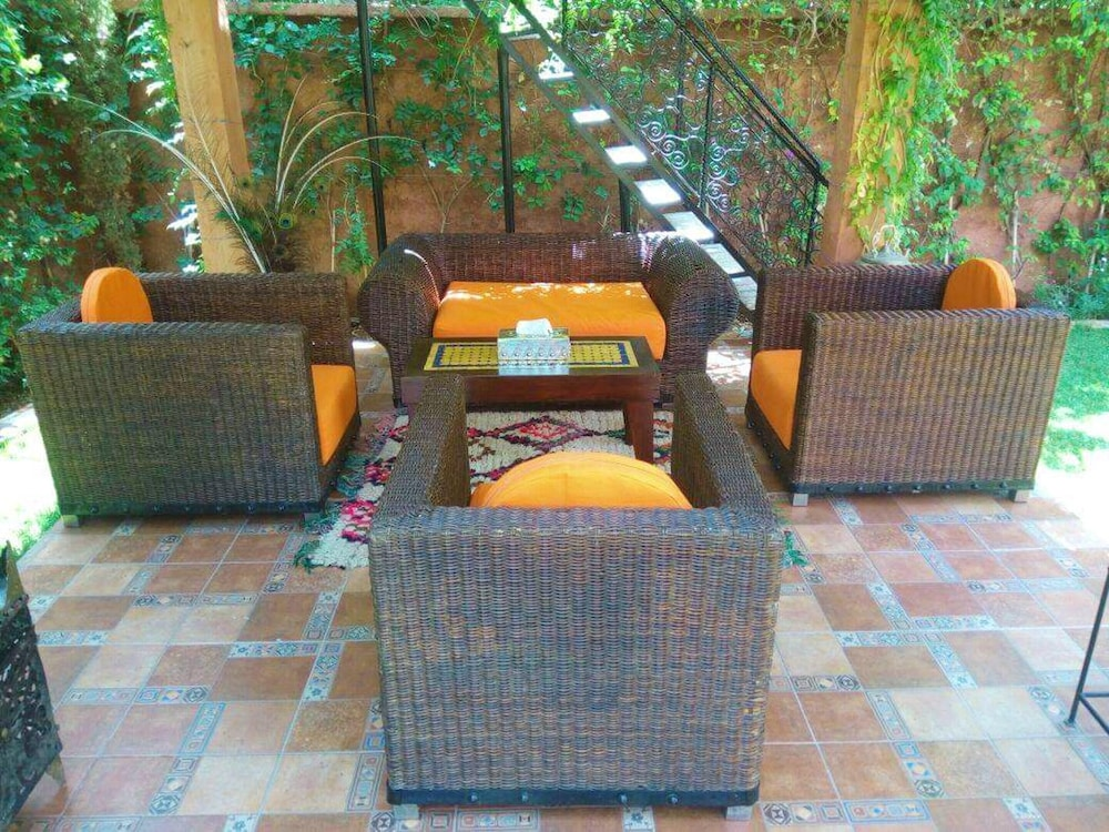 Terrace/Patio, Villa With 3 Bedrooms in Aghmat, With Wonderful Mountain View, Private Pool, Enclosed Garden