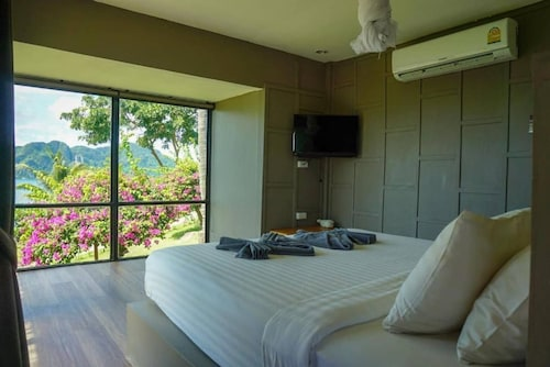 Bungalow Grand Sea View Room