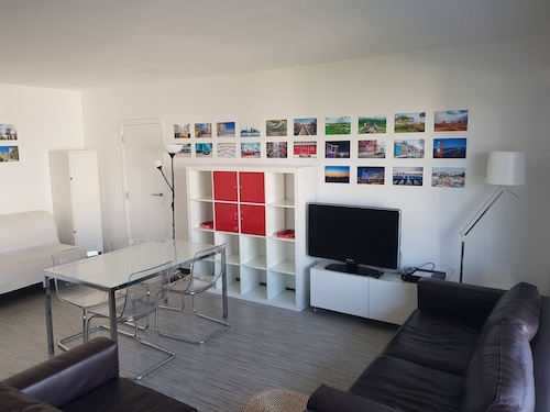 Brussels 2 Bedrooms max 4 Guests