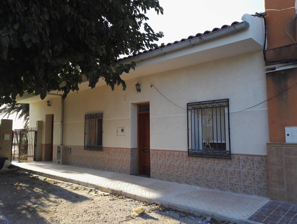 Exterior, Large Quiet House With Private Pool 12 km From the Family Ideal sea
