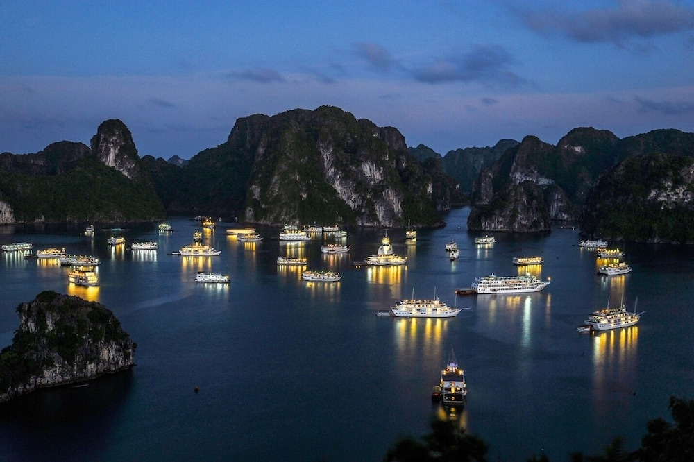 Point of Interest, Draha Halong Hotel