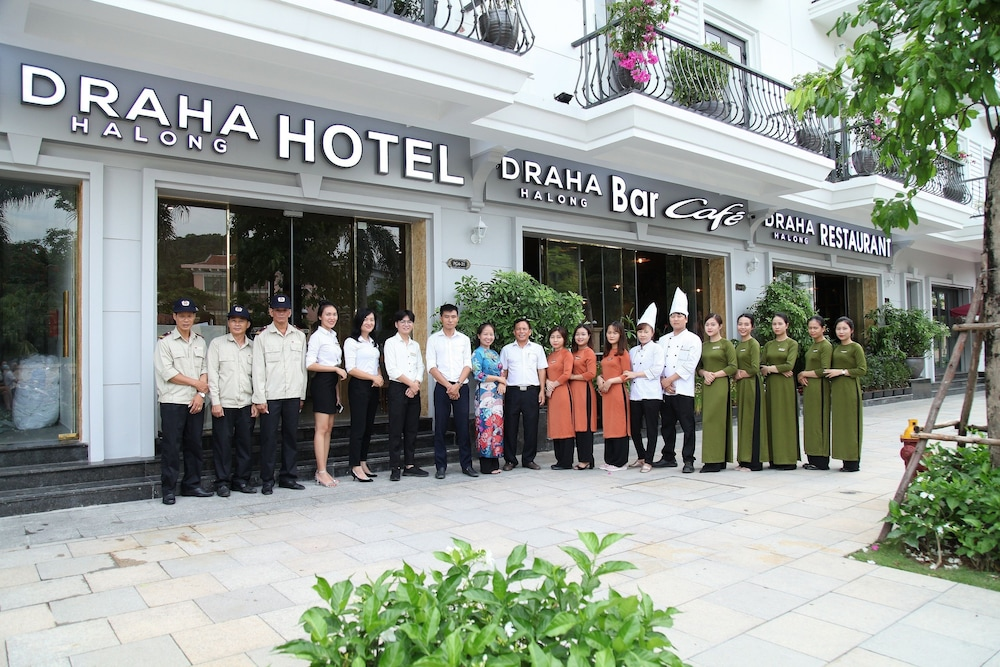 Front of Property, Draha Halong Hotel