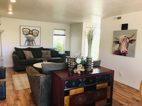 Newly Remodeled Sports Village 2 Bedroom 2 Bath Condo