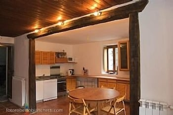 Private Kitchen, Beautifully Renovated Traditional Alpine House With Stunning Mountain Views