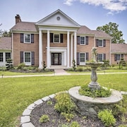 Luxury Estate Just Minutes From D.C