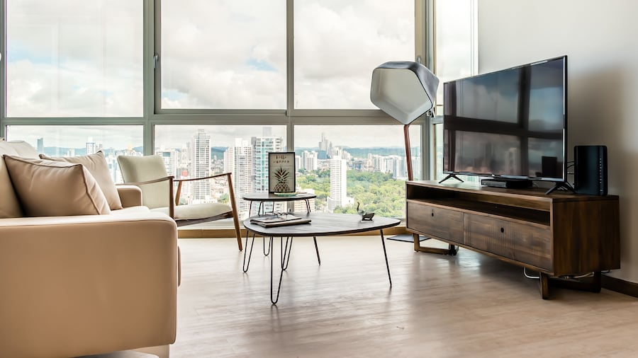 Awesome Apartment Ocean View
