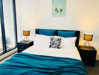 Southbank Central Stayz opposite Crown Deals & Reviews