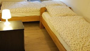 3 Schlafzimmer, Internetzugang, Bettwäsche