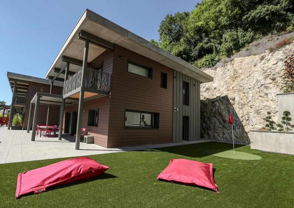 , Kube Annecy Center Prestige Villas - Deluxe Double Room