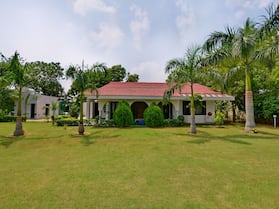 OYO Home 16133 2BHK Luxury Farmhouse
