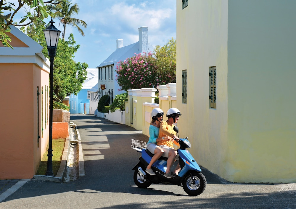 Scooter/Moped, Fairmont Southampton - All Inclusive